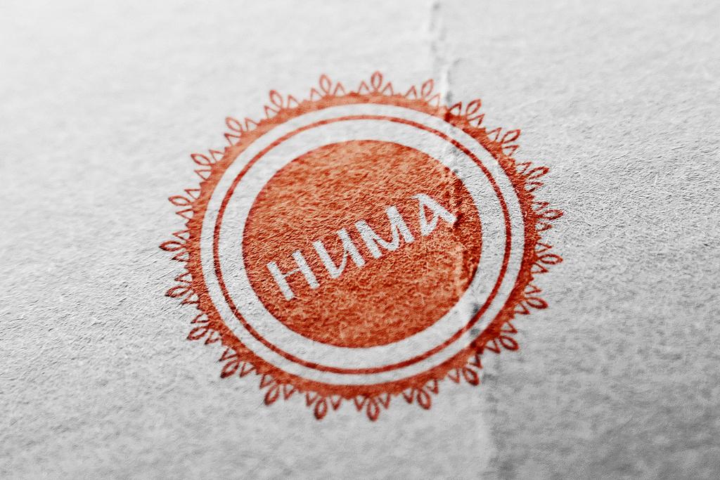 Huma_logo_mockup_small