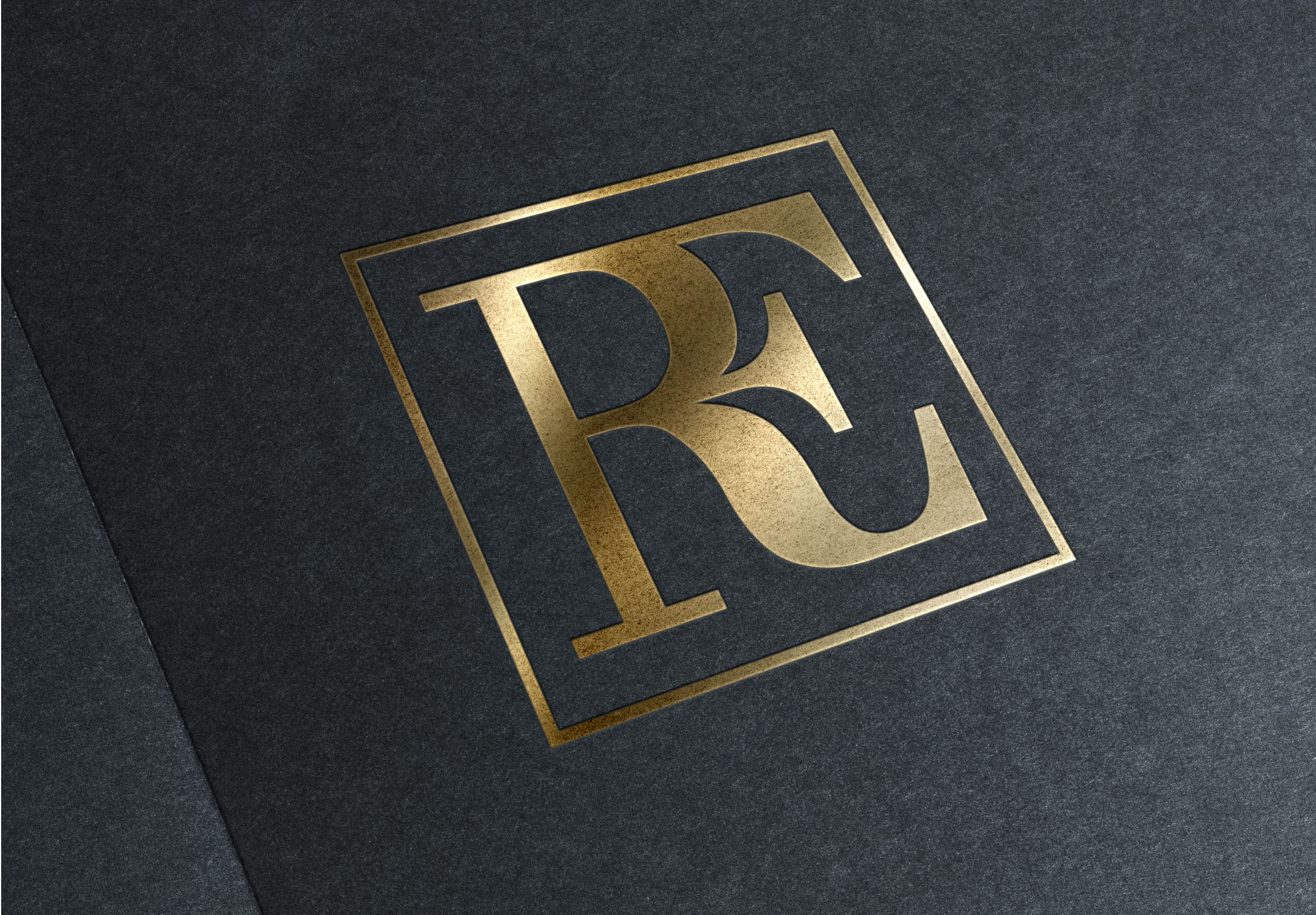 Rhys_Evans_gold-logo-mock-up
